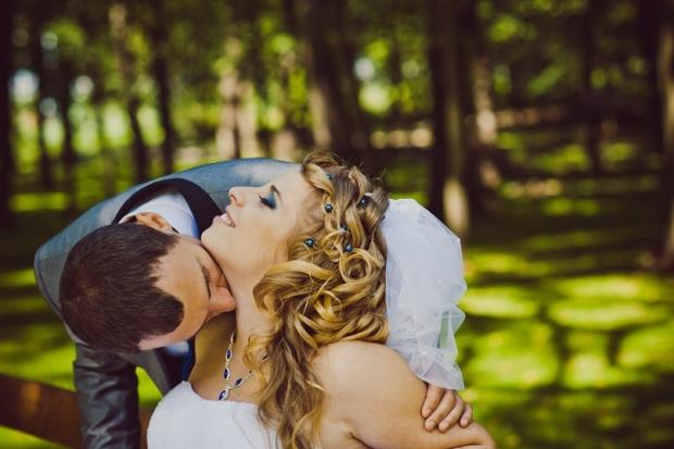 Любить — значит видеть чудо, невидимое для других...он - мое чудо,я - его!Наша жизнь для нас - сказка,ОН мой волшебник!!!
