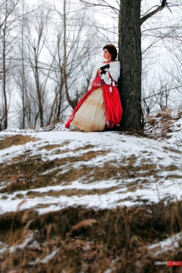 Этот аромат для женщины-королевы - шикарной, независимой, сильной!!! Ранней весной, когда пророда только начинает просыпаться, я уже предвкушаю весенние запахи и волнения вместе с любимым Armand Basi In Red