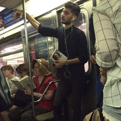 Секси пикантные ситуации в метро