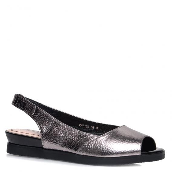 Модная обувь без каблука на весну 2017  масс-маркет и украинские бренды b6c7be182c6de