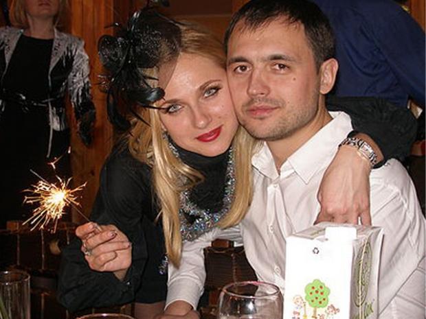 Любовь - это когда хочется смотреть в глаза после 30 лет совместной жизни :)