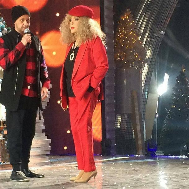 Алла Пугачева похвасталась смелыми новогодними образами (ФОТО) - фото №1