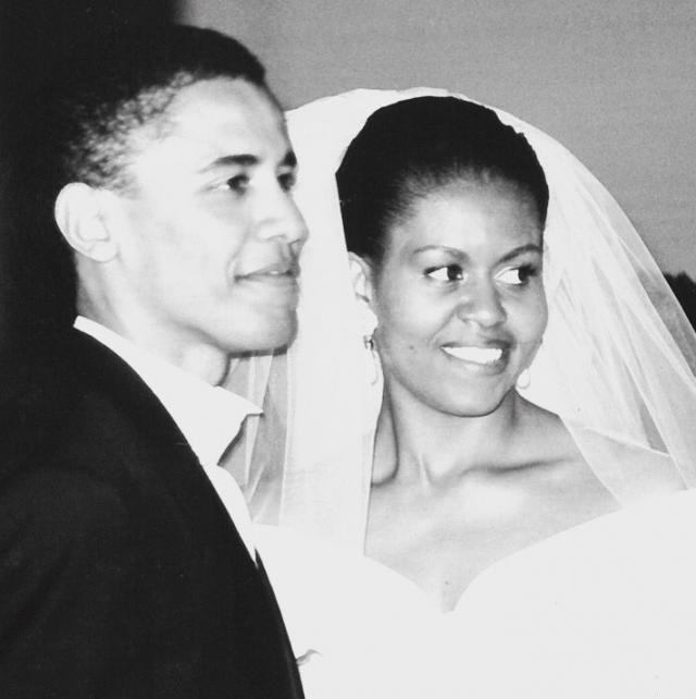 25 лет вместе: Мишель Обама трогательно поздравила Барака Обаму с годовщиной свадьбы (ФОТО) - фото №1