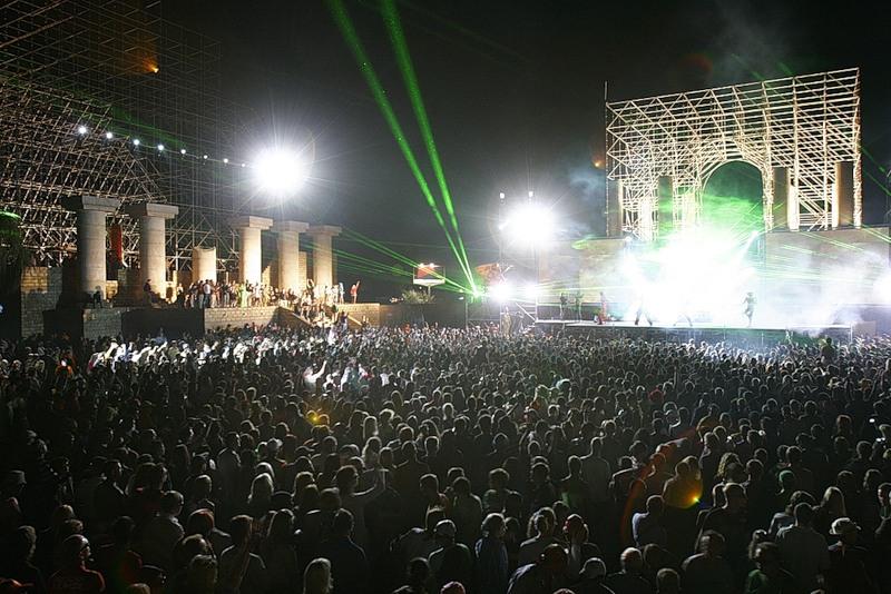 Самые громкие мировые фестивали лета 2013 - фото №9