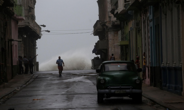 Ужасающий ураган Ирма: убытки и обвал акций страховых компаний (ФОТО) - фото №3