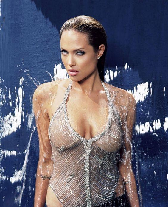 Анджелина Джоли решилась на очередную операцию из-за боязни онкологии - фото №2