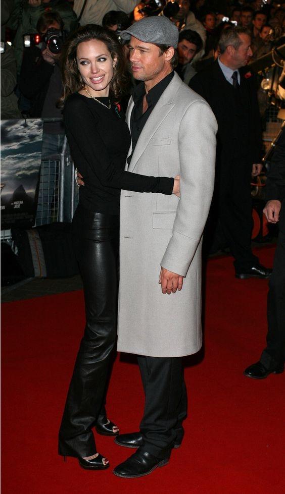 Отец Джоли надеется на ее примирение с Брэдом Питтом - фото №1