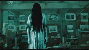 Как одеться на Хэллоуин: образы героинь мистических фильмов - фото №4
