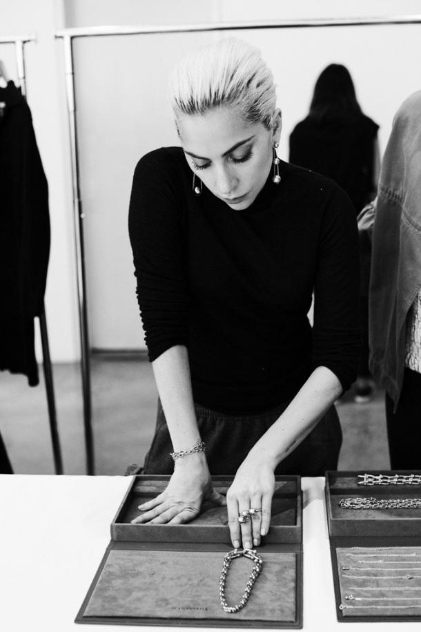 Леди Гага стала лицом новой коллекции Tiffany&Co (ФОТО) - фото №1