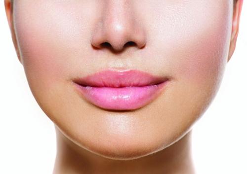 Делаем идеально мягкие губы: простые и полезные советы - фото №1