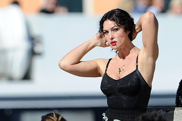 Моника Белуччи рассказала о красоте в 52 года и своих проблемах с мужчинами - фото №1