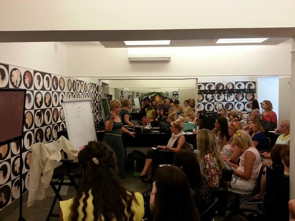 Лучшие школы макияжа в Украине - фото №3