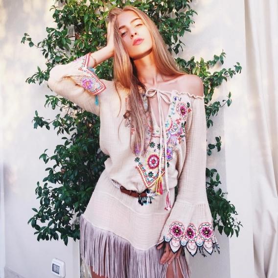 Внучка Софии Ротару стала моделью года: престижная награда Сони Евдокименко - фото №2