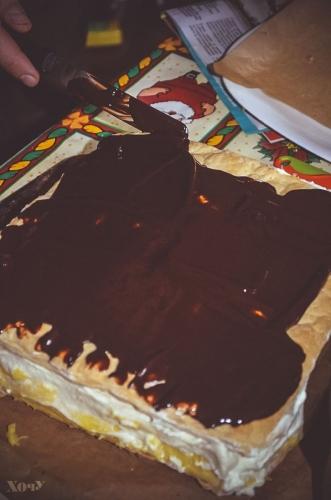 пирожное с заварным кремом