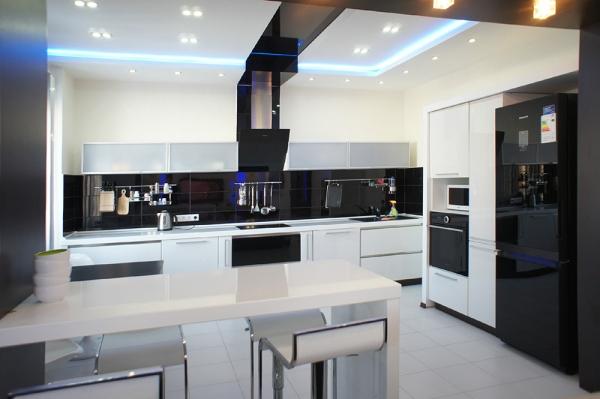 стиль хай-тек в кухне
