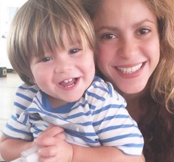 Шакира поделилась новым ФОТО 2-летнего сына после его болезни - фото №1