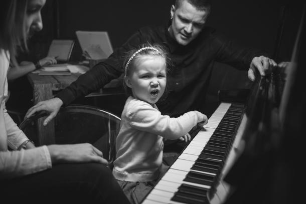 """Фронтмен O.Torvald Женя Галич: """"Теперь дочь считает, что я круче, чем MONATIK"""" - фото №1"""