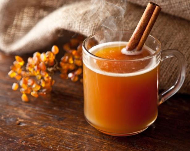 Медовый сбитень с пряностями: рецепт согревающего напитка, который стал культовым для наших предков - фото №3