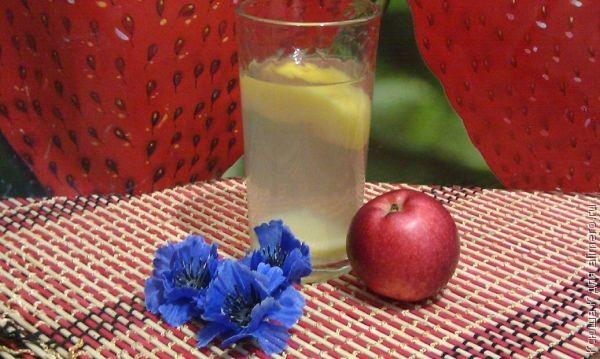 Сезон консервации: топ 6 рецептов консервирования яблок - фото №1