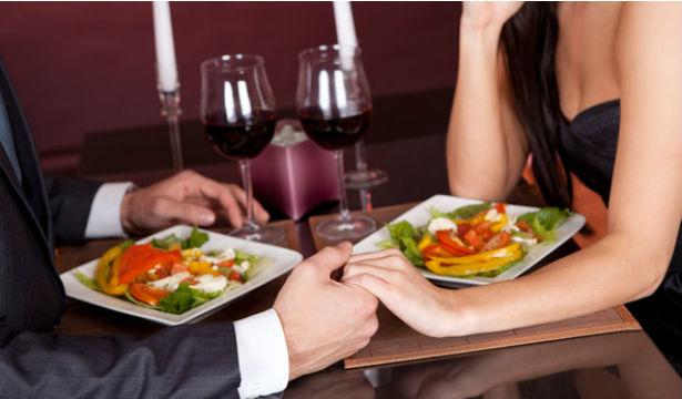 Как сделать ужин с любимым незабываемым - фото №1
