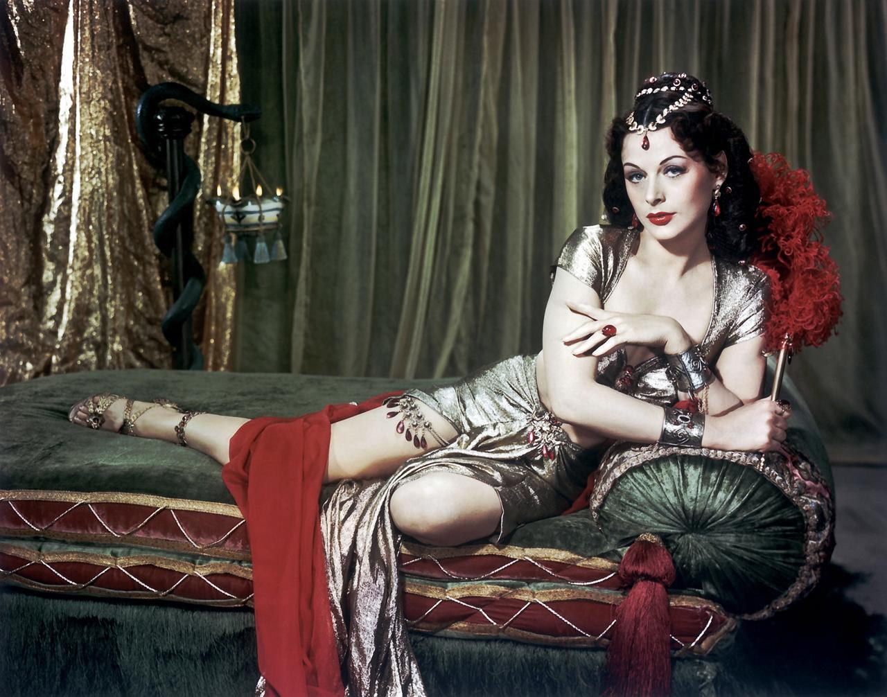 Актриса, которая придумала Wi-Fi: культовые образы секс-дивы Хеди Ламарр
