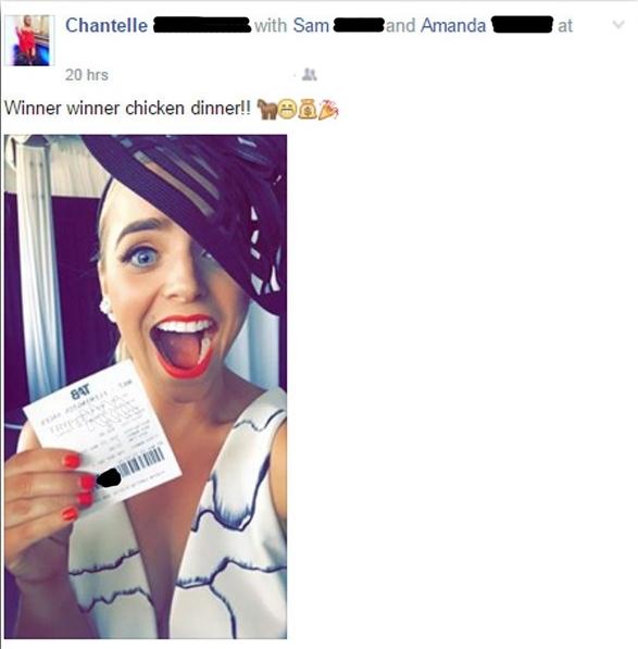 Не спеши публиковать: девушка лишилась денег, запостив селфи с выигрышным билетом - фото №1