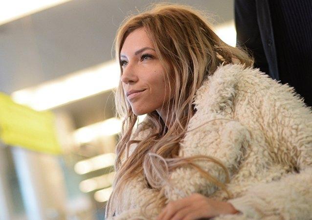 """Стало известно, как Юлия Самойлова отреагировала на запрет выступить на """"Евровидении-2017"""" - фото №1"""