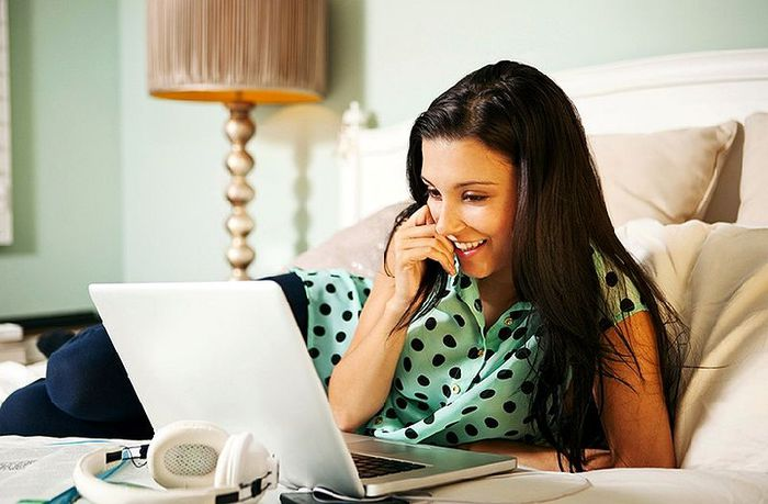 О чем свидетельствует поведение мужчин в соцсетях и на сайтах знакомств - фото №1