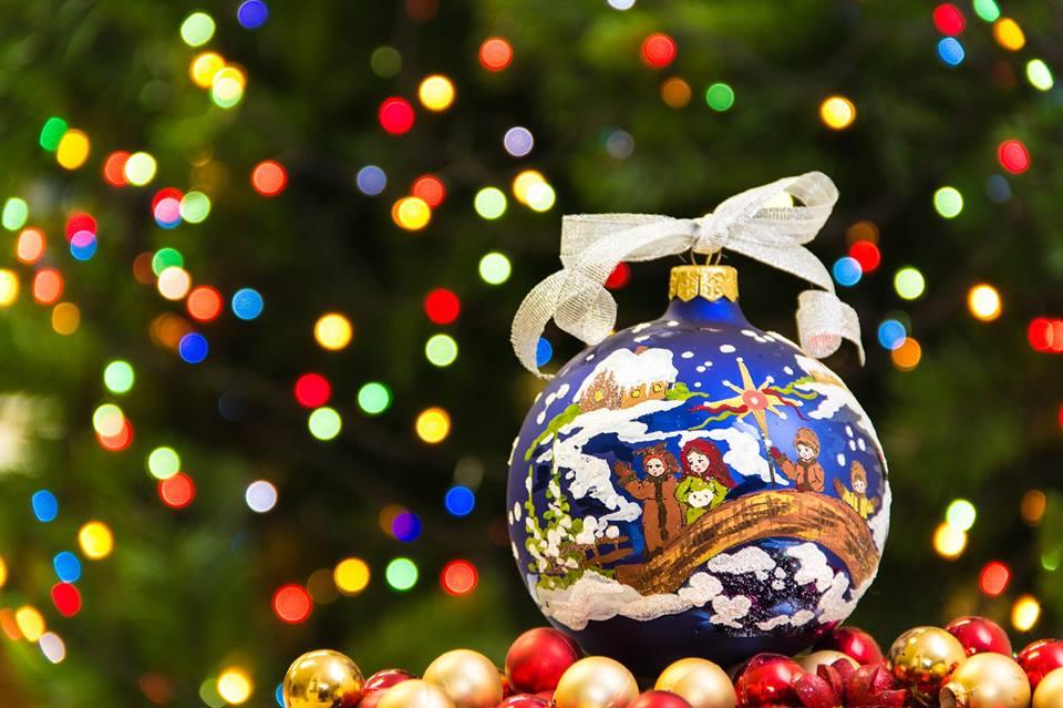 Куда пойти 5-6 декабря праздник новогодней игрушки