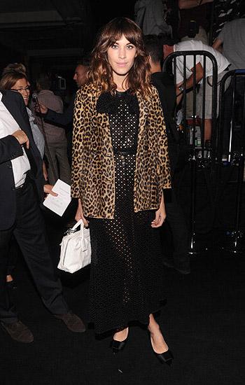 Неделя моды в Нью-Йорке: полосатое шоу Marc Jacobs - фото №15