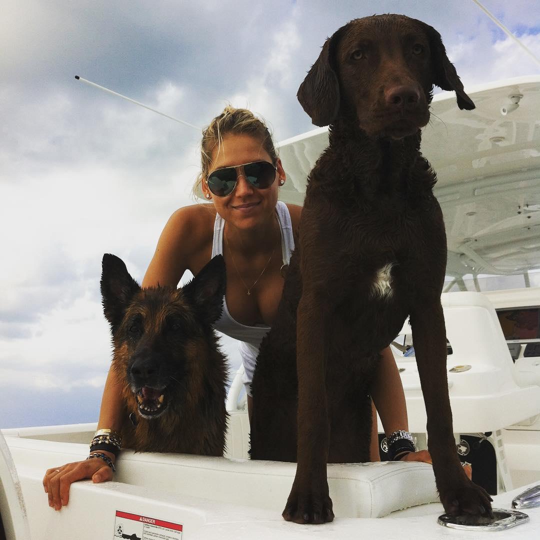 Как отдыхают звезды: летние каникулы Анны Курниковой - фото №1