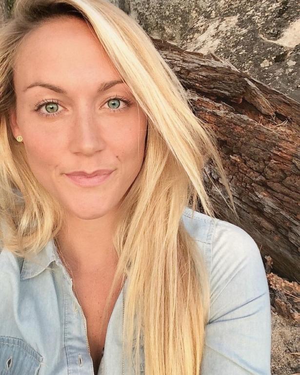 Как девушка в одиночку объездила весь мир: 27-летняя блогер отправилась в путешествие, чтобы посетить 196 стран - фото №1