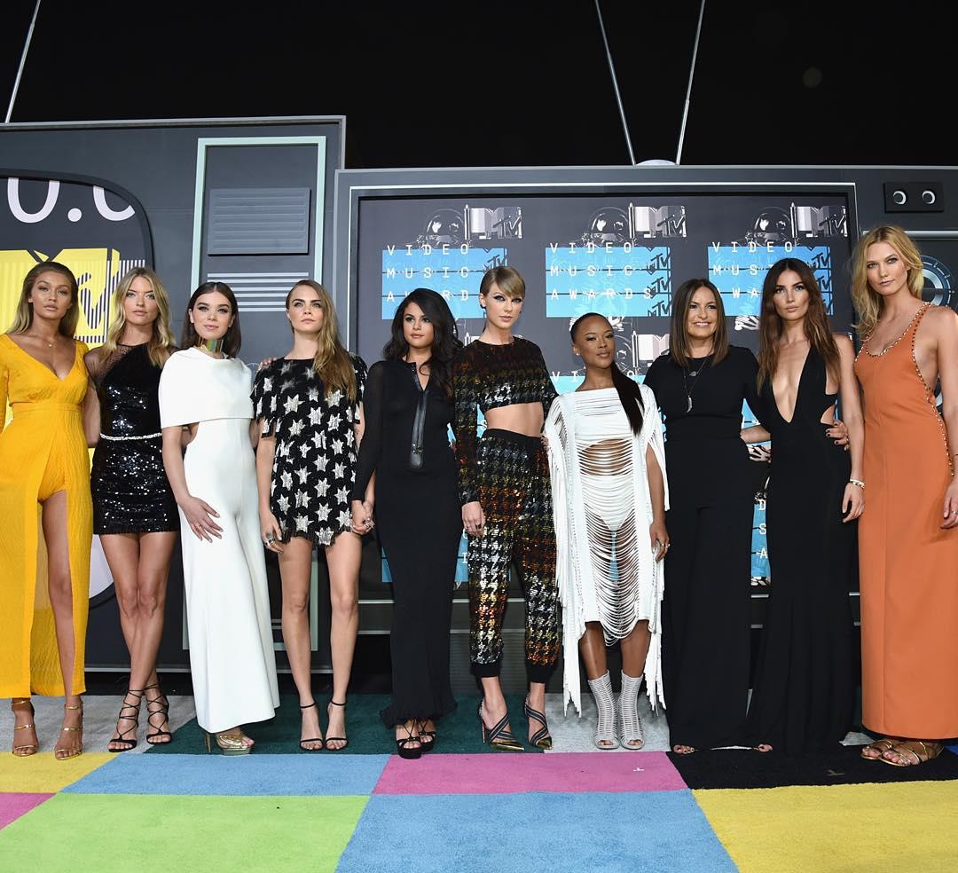 MTV Video Music Awards 2015: самые яркие звезды на красной дорожке - фото №2
