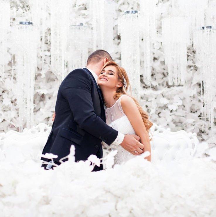 Чем занимались звезды на прошлой неделе: свадьбы и гастроли - фото №3