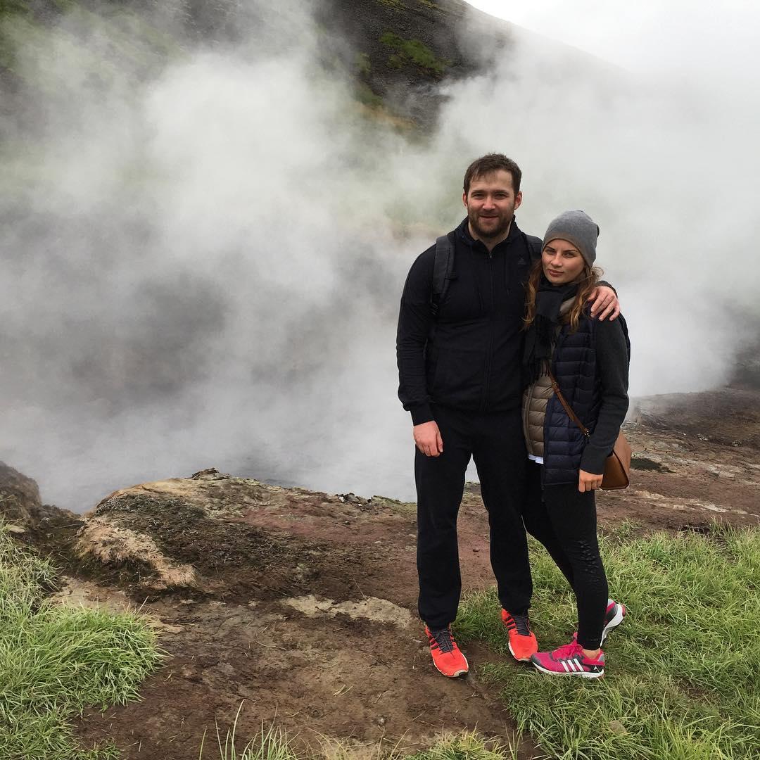 Победительница шоу Холостяк 4 выходит замуж: сказочное предложение в Исландии - фото №1