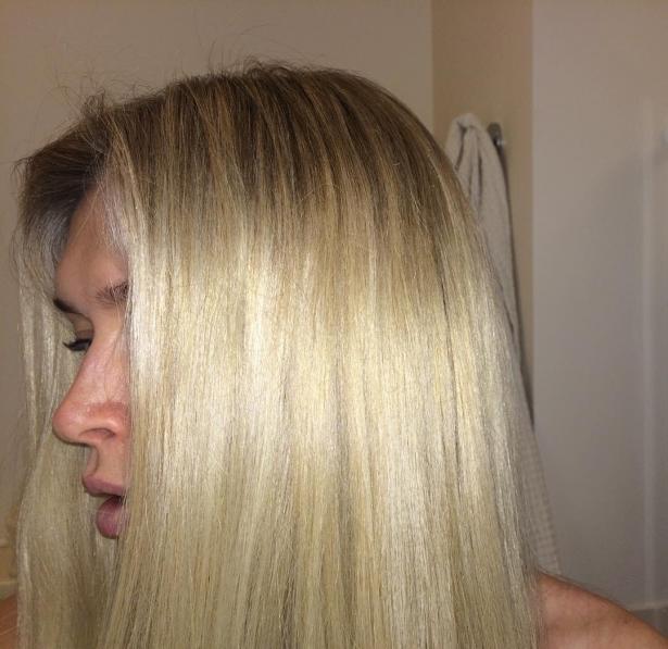 как красит волосы вера брежнева
