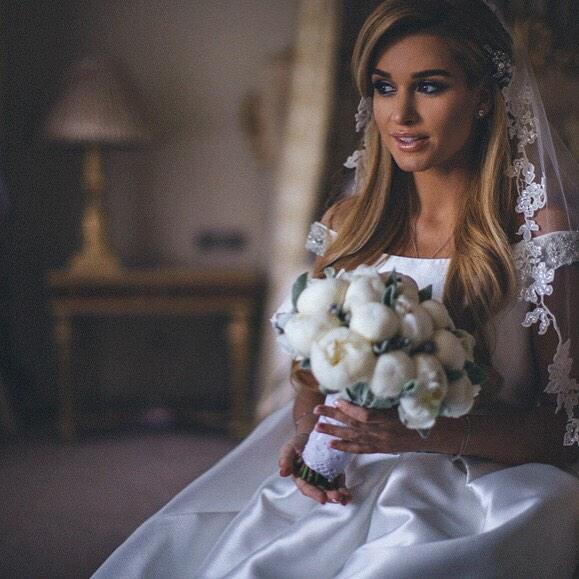 Чем занимались звезды на прошлой неделе: свадьбы и гастроли - фото №2