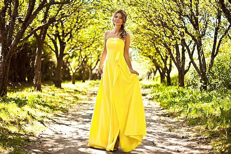 Почему девушки бросают карьеру и бросаются в платья: история журналистки с модным брендом - фото №3