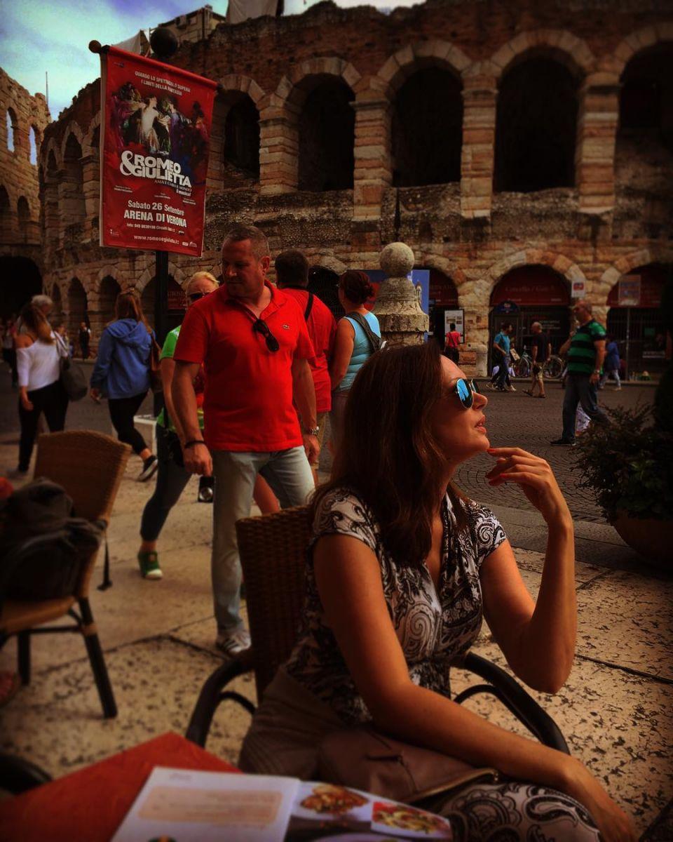 Ирина Безрукова в отпуске в Вероне