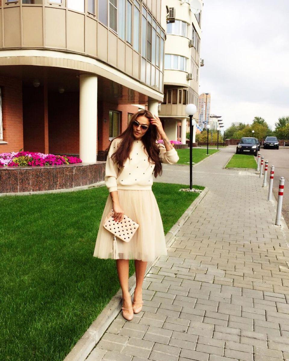 Алена Водонаева с каре: за или против нарощенных волос. Голосуем! - фото №5