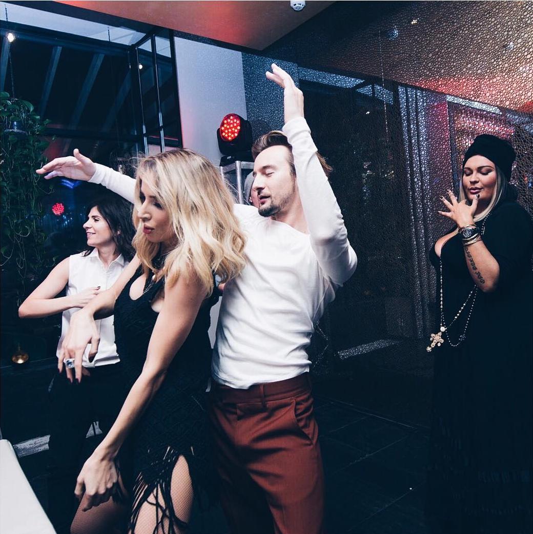 33-летие певицы LOBODA: зажигательные танцы с Бадоевым и море пожеланий - фото №2