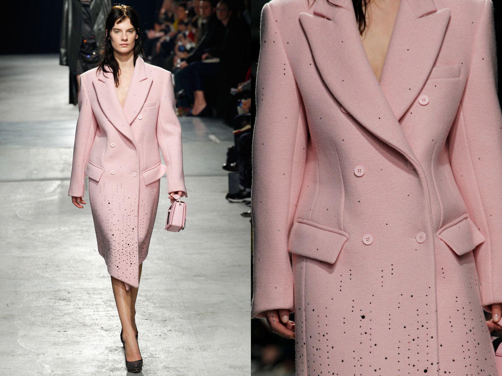 Розовое пальто Christopher Kane - фото №1