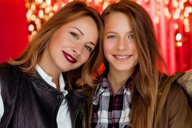 Елена Кравец с дочкой