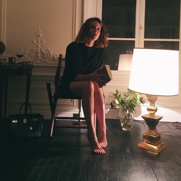 Всем плевать на твой алкоголизм: как аккаунт популярной девушки оказался социальной рекламой - фото №2
