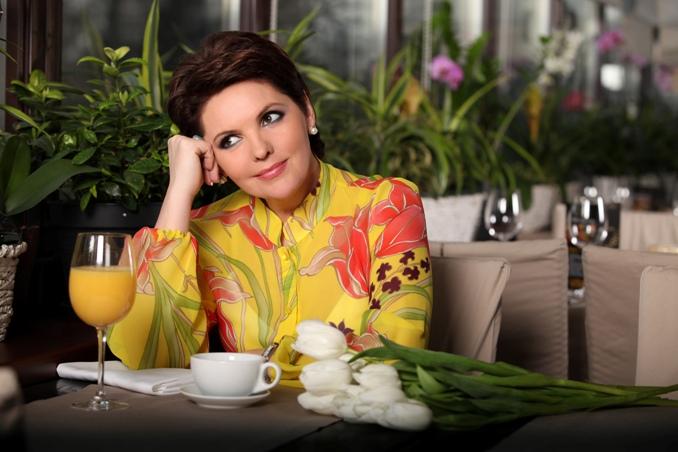 Пять лучших украинских телеведущих новостных программ - фото №1