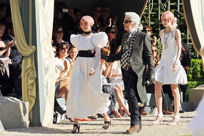 Chanel представил круизную коллекцию в Версале - фото №5