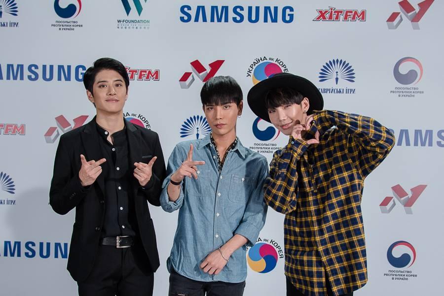 Опа, гангам стайл: как корейский шоубиз ворвался в Украину и как живут поп-звезды в Корее - фото №4