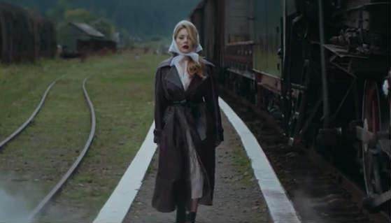 """Одеться как звезда: образ из нового клипа Тины Кароль """"Сдаться ты всегда успеешь"""""""