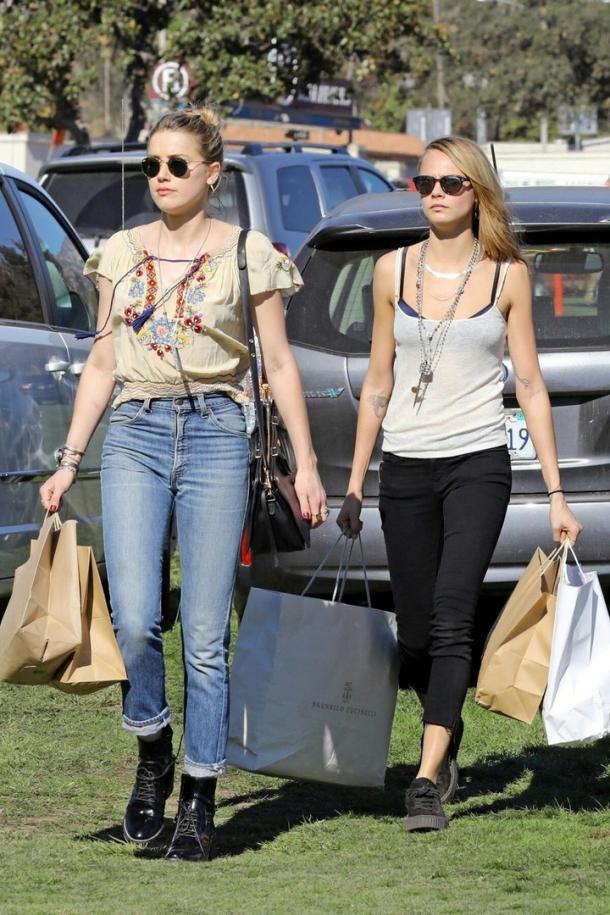 Влюбленные Эмбер Херд и Кара Делевинь сходили на шопинг (ФОТО) - фото №2