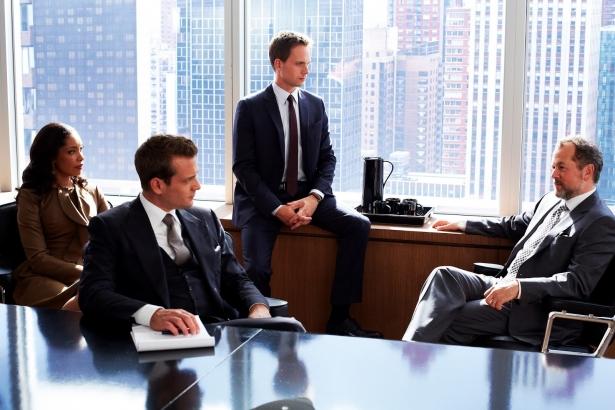 Закон в костюме: лучшие фильмы и сериалы о юристах, которые прославились своими делами - фото №12